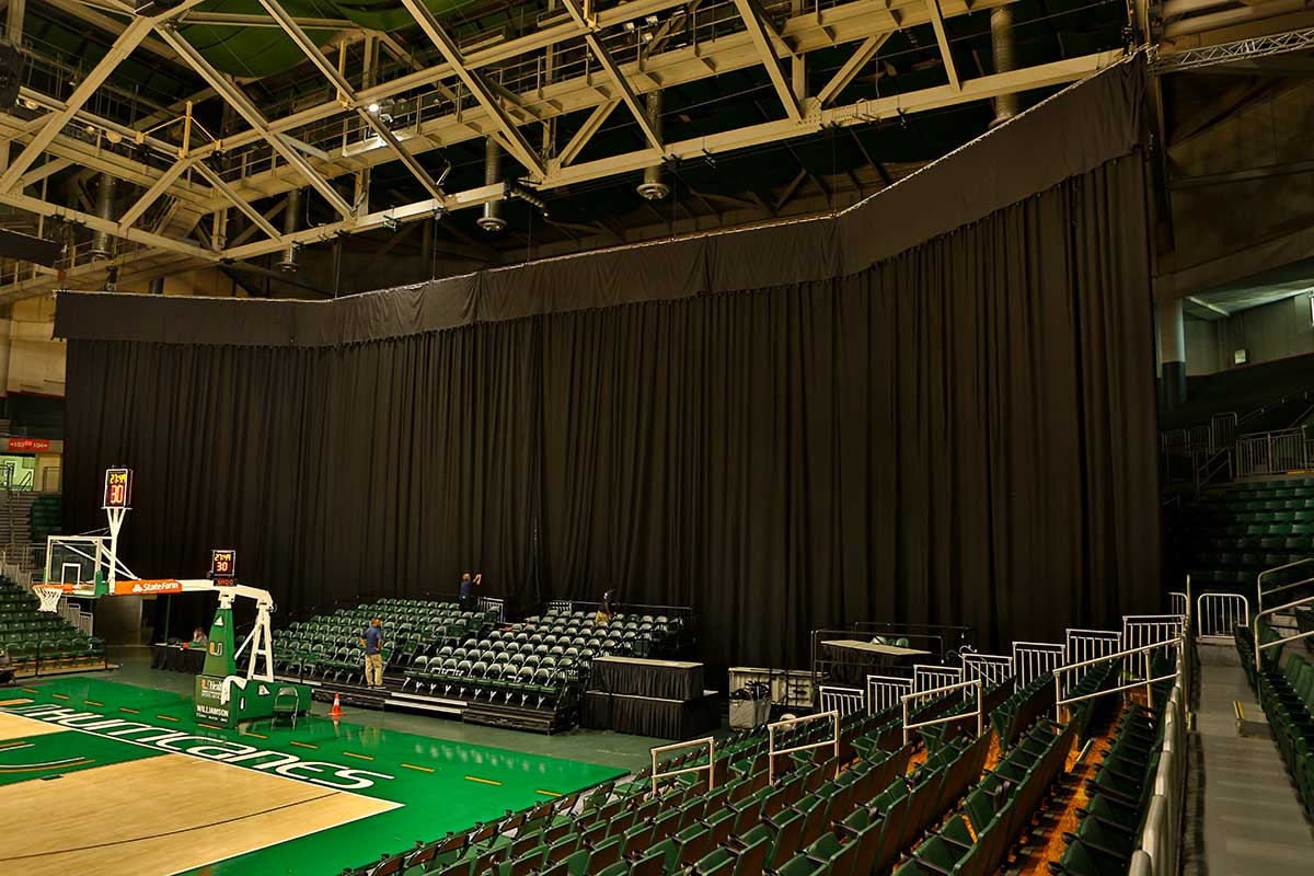 STAGE CURTAIN INSTALL MIAMI